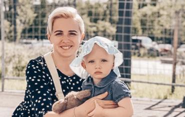 Виолетта и Мия 8 месяцев